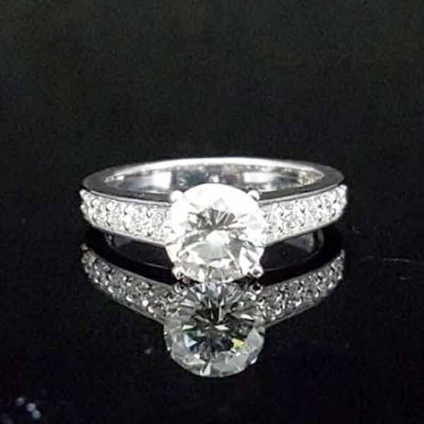 天然鑽石女戒,主石1.01克拉,8心8箭,高雄鑽戒