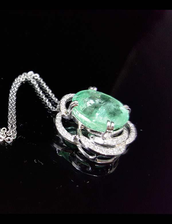 祖母綠鑽石墜鍊 祖母綠9.85克拉