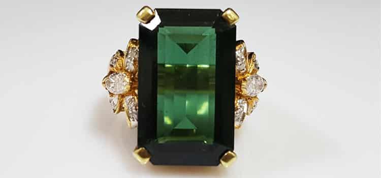 綠水晶戒指
