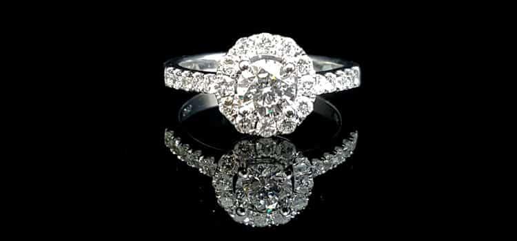 成色 D 淨度 Vs2 3ex車工 50分 的GIA美鑽 高雄買鑽石戒指