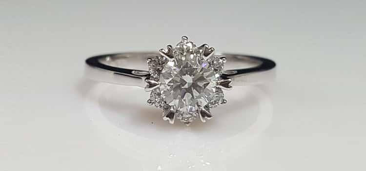 找結婚鑽戒嗎 Gia鑽石 6爪戒台 給你的她完美的 六爪鑽戒