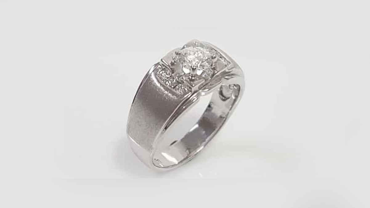 鑽石男婚戒