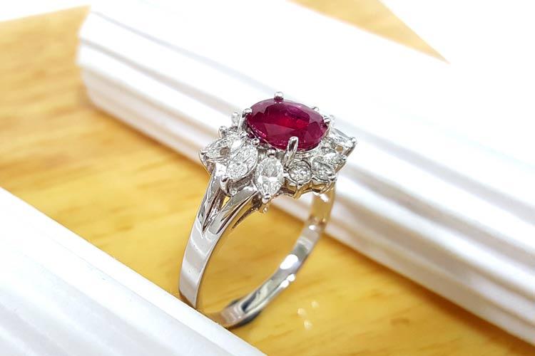 紅寶石女戒指