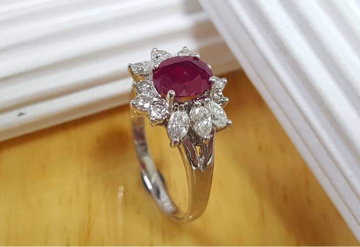 天然紅寶石女戒指
