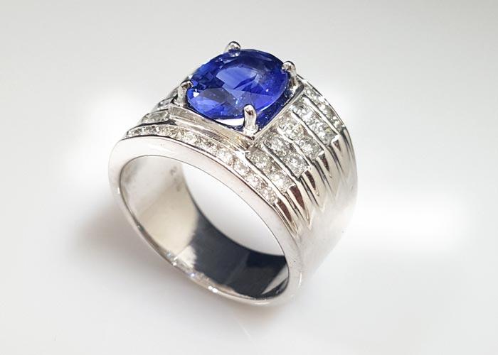 天然藍寶石 3.07克拉