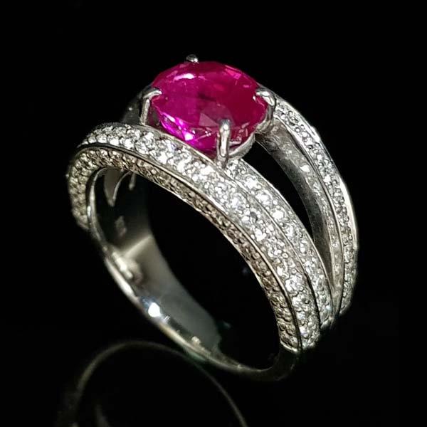 緬甸紅寶石戒指