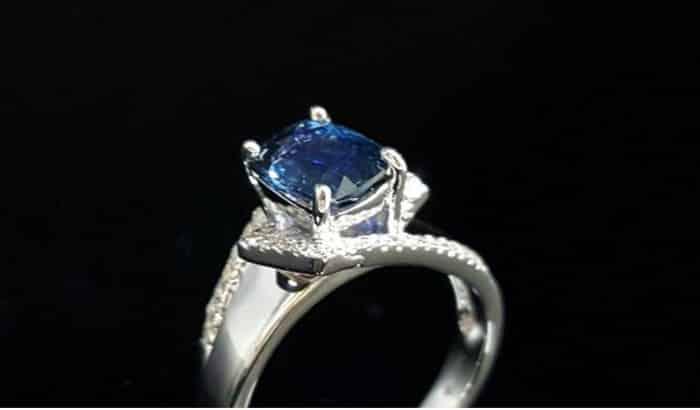 天然藍寶石女戒指