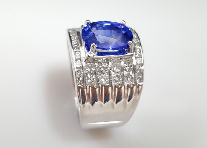 藍寶石戒指-戒台材質